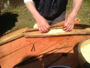 あくまき 竹の皮に包む